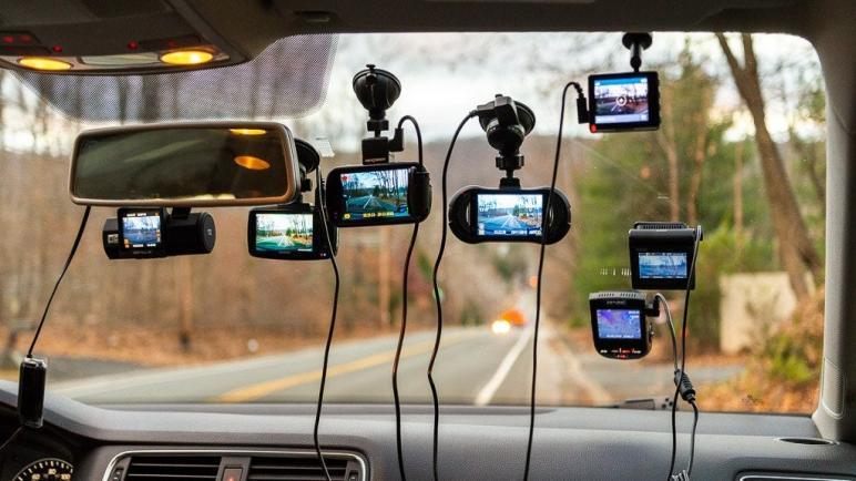 أفضل أنواع كاميرات السيارات داش كام لعام 2021