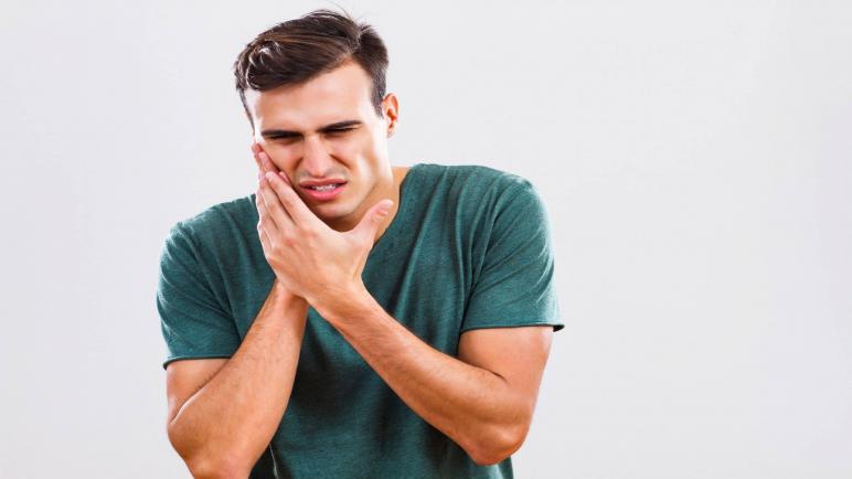 ما هو علاج فطريات الفم واللسان