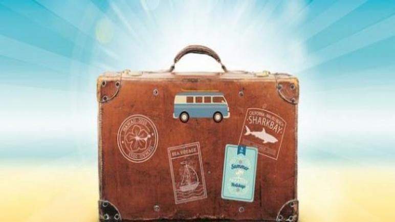 ضروريات هامة ننساها عند السفر للخارج