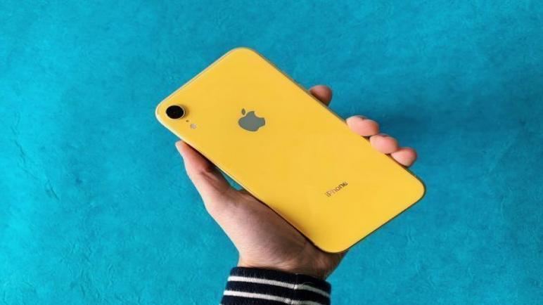 مواصفات وسعر هاتف ايفون إكس أر | iPhone Xr review