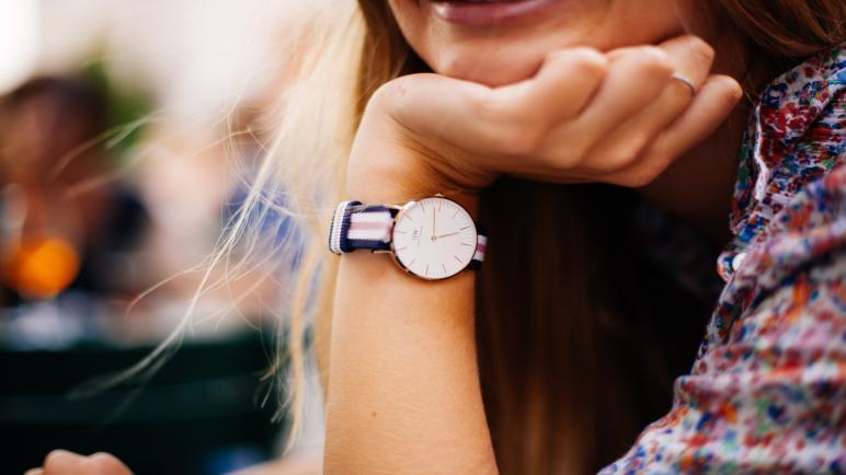 أفضل أنواع ساعات كارديال النسائية 2021