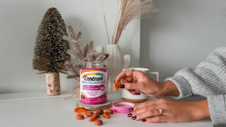 فيتامين سنتروم.. الحل السريع لتطويل الشعر