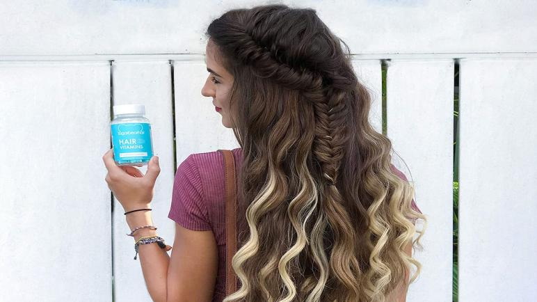 أفضل حبوب الفيتامين لتطويل وتكثيف الشعر للرجال والنساء
