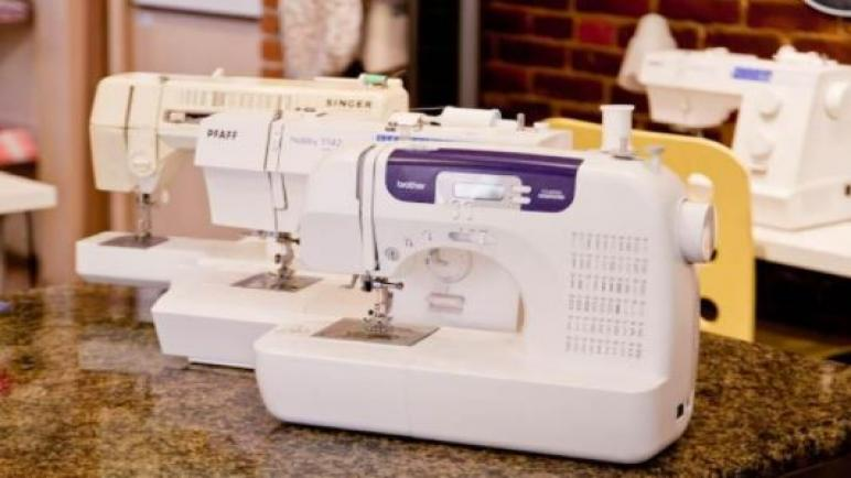 دليل شراء أفضل ماكينة خياطة منزلية للمبتدئين والمحترفين