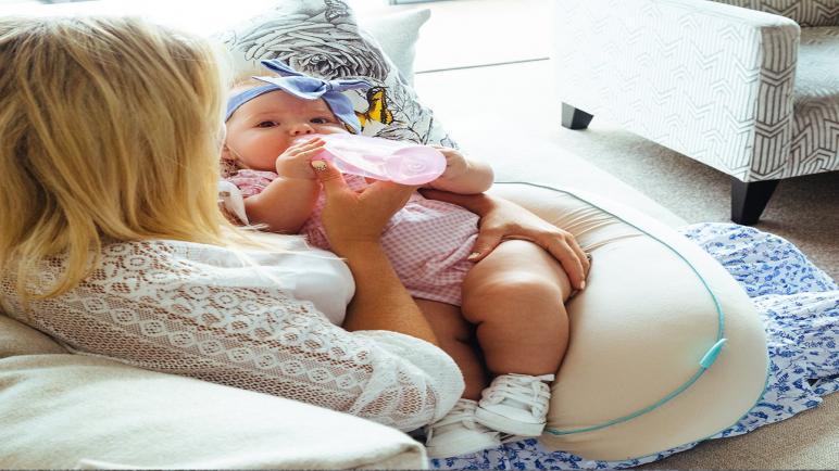 أفضل موديلات مخدة الرضاعة وفوائدها