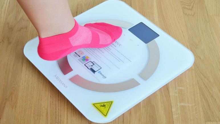 ما هو أفضل نوع ميزان ميديسانا لقياس وزن ودهون الجسم؟