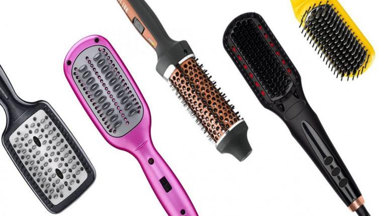 دليلك لاختيار أفضل أنواع فرش تسريح الشعر