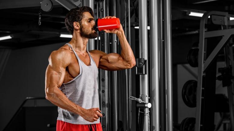 أفضل 5 أنواع كرياتين لكمال الأجسام وتضخيم العضلات
