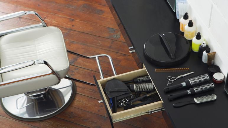 ما أفضل المنتجات لتقوية الشعر وتكثيفه للرجال؟