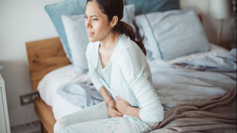 أعراض وعلاج القولون الهضمي عند النساء